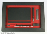 Gift set for scketching, red color