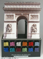 "Display ""Arc de Triomphe"""