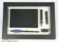 Gift set for scketching, white color